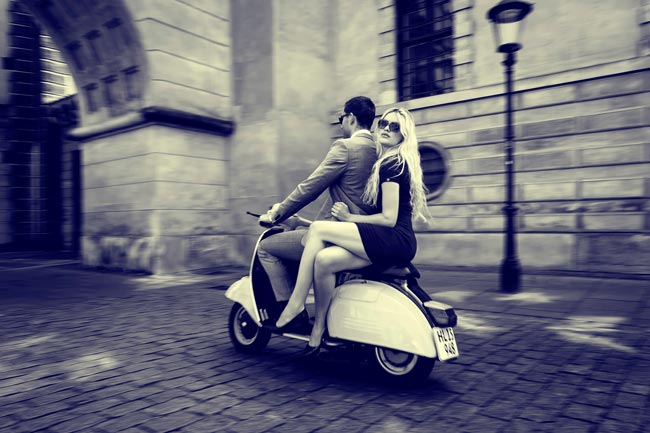 vespa-couple